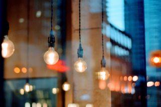 abend-architektur-beleuchtet-240225